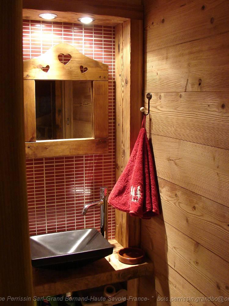 Menuiserie christophe perrissin sarl du grand bornand hte for Sanitaire salle de bain